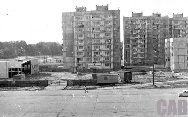 Bemowo Lotnisko - budowa bloków przy ul. Pirenejskiej