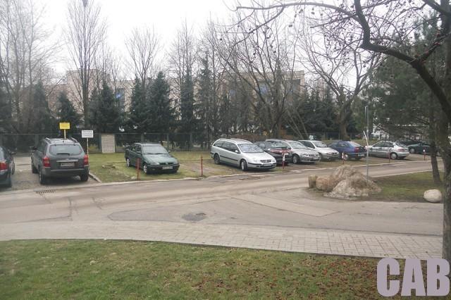 parking przy ul. Pirenejskiej