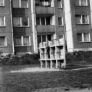 Plac zabaw przy ul. Czumy  15 - lata 80. (2)