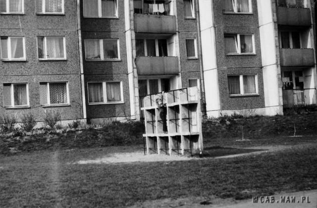 Plac zabaw przy ul. Czumy  15 - lata 80.