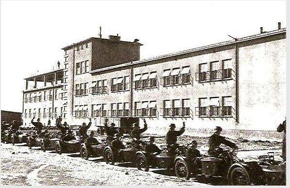 Koszary I Zmotoryzowanego Pułku Artylerii Przeciwlotniczej - lata międzywojenne