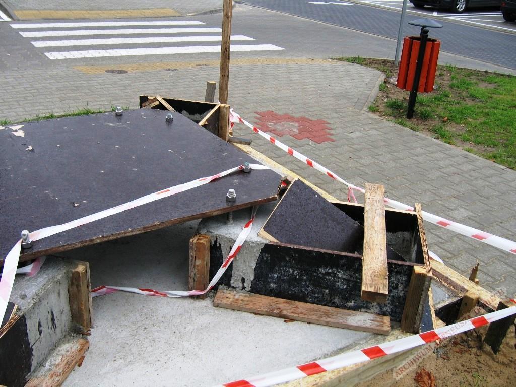 Szalunek pod podstawę pomnika radiostacji transatlantyckiej
